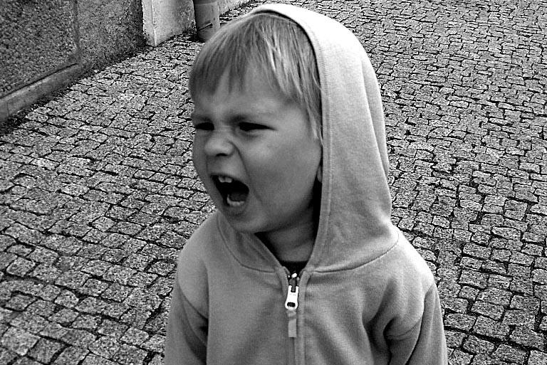 A propósito de los límites -parte II-, …o de cómo se proyecta la neurosis en la infancia-…